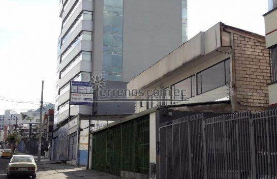 Terreno en venta Av. Atahualpa 481 m2, entre Av. América y Av. 10 de Agosto sector comercial.