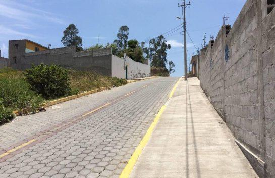 Terreno en venta, Calderón, 1.230 m2, sector de Zabala
