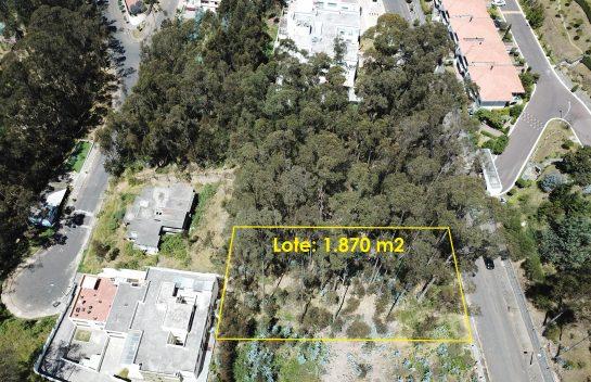 Venta de terreno, Iñaquito Alto, 1.870 m2 ideal para proyecto inmobiliario.