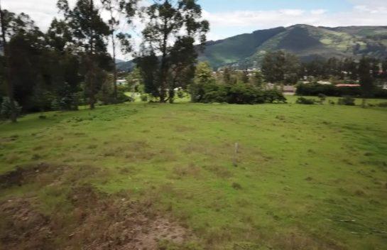 Terreno de venta en Los Chillos 24.887 m2, detras de San Luis Shopping, ideal para proyecto