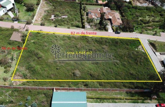 Terreno de Venta en Nayón, Huayraloma 3.844,60 m² Terreno Bifamiliar Urbanización de Lujo