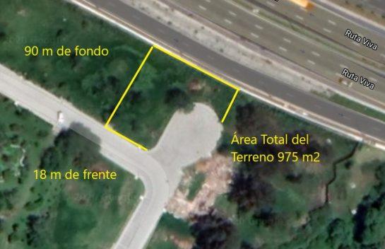 Terreno en venta en Tumbaco, 975 m2. Urbanización Pacho Salas, Ruta Viva