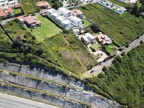 Terreno en Venta en Cumbayá 917,79 m2 dentro Urbanización Yanazarapata.