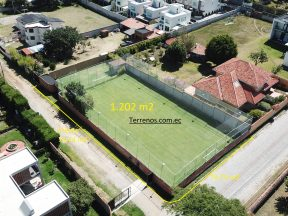 Terreno de venta, 1.202 m2, Tumbaco sector Hilacril, Urbanización Valle Sol.