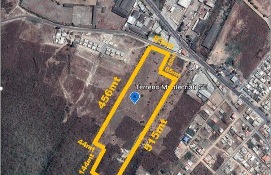 Terreno en venta Montecristi 70.000 m2 a 30mts de la via Montecristi a Manta E-30