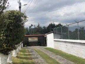 Terreno de venta en Puembo 1.000 m2 urbanización San Fernando Mangahuantag