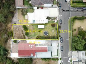 Terreno de venta, Cumbayá 634 m2 Urb. Jardines del Este, cerca a la Universidad San Francisco.