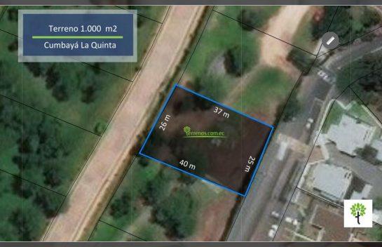Venta de Terreno en Cumbayá 1000 m2 urbanización La Quinta