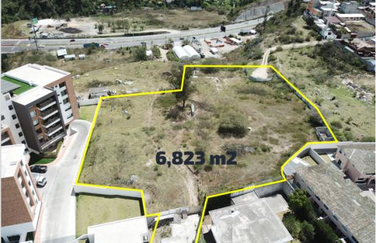 Terreno en venta en Tumbaco 6.823 m2 Sector La Primavera – Ruta Viva