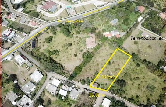 Terreno en venta, 2.303 m2, Tumbaco Av. San José.