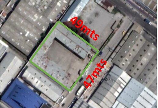 Terreno de Venta en Zona industrial norte de Quito 2350 m2