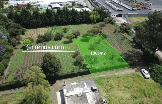 Terreno en Venta 1.065 m2 -Puembo Sector Colegio Highlandsl