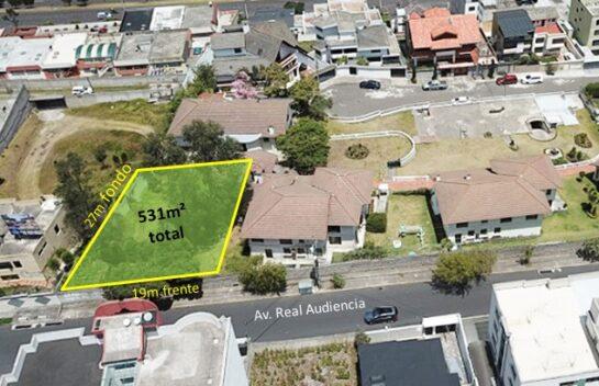 Terreno de venta 531m² dentro de urbanización privada sector Ponceano